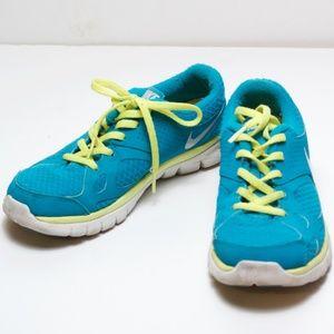 Nike 512108-403 Flex 2012 Athletic Running Sneaker